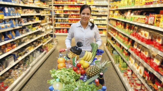 Woman-with-shopping-basket-in-supermarket-640x360.jpg